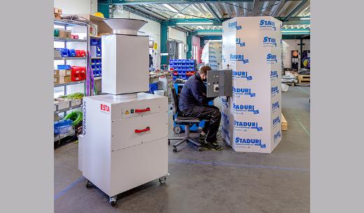 Mobiler Luftreiniger in der Produktion