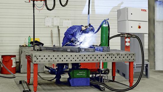 Die COMPASOG SR ist eine leistungsstarke Zentralanlage zur Absaugung von Schweiß- und Lötrauch.