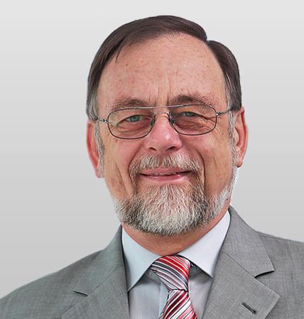 Der Geschäftsführer Dr. Peter Kulitz.