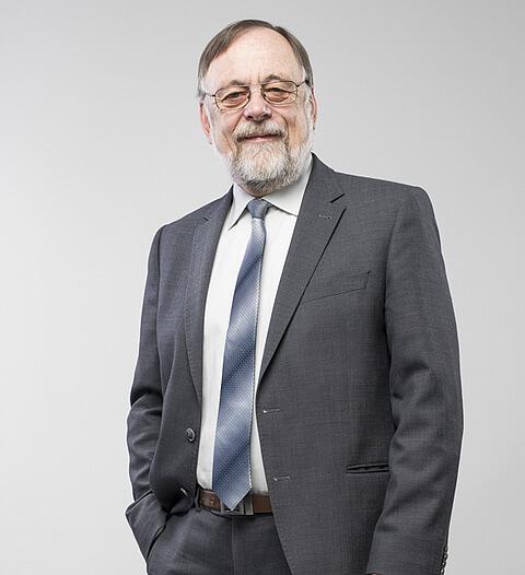Der Geschaeftsfuehrer Dr. Peter Kulitz.
