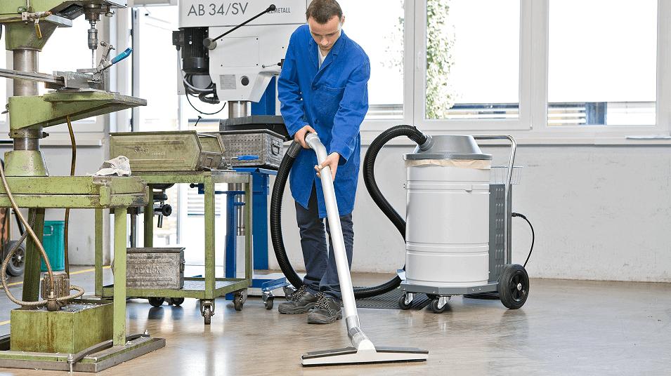 Industrial Vaccum Cleaner by ESTA