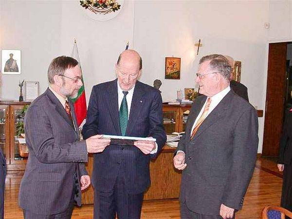 Dr. Peter Kulitz, Simeon Borissow Sakskoburggotski und Erwin Teufel.
