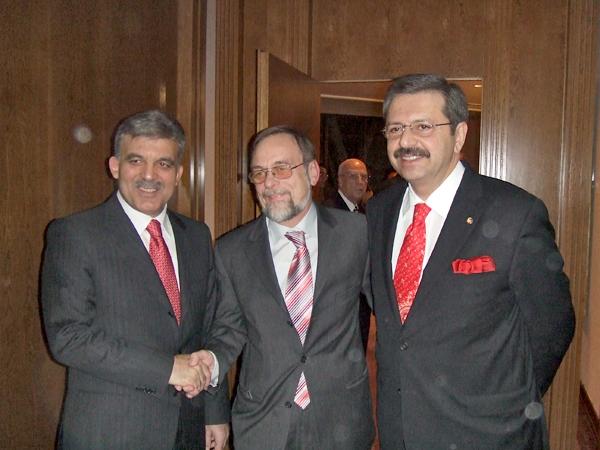 Türkischer Staatspräsident Abdullah Gül mit Dr. Kulitz und TOBB Präsident M. Rifat Hisarciklioglu.